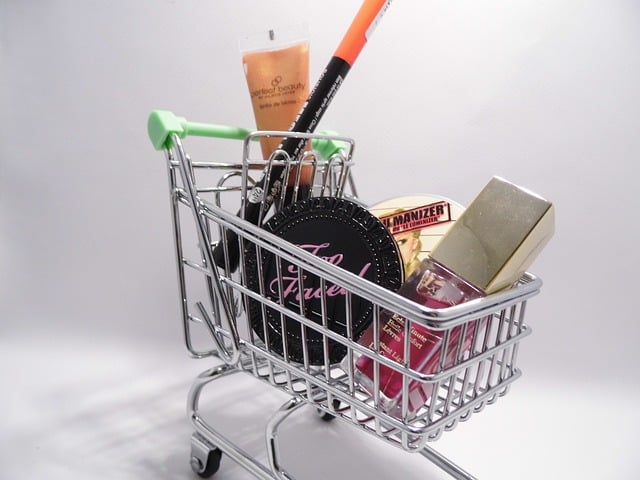 online shopping cart gift-buying