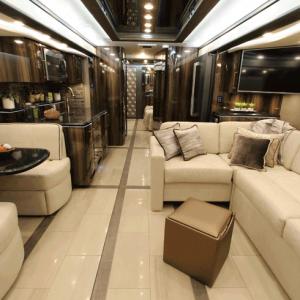 foretravel motorcoach luxury