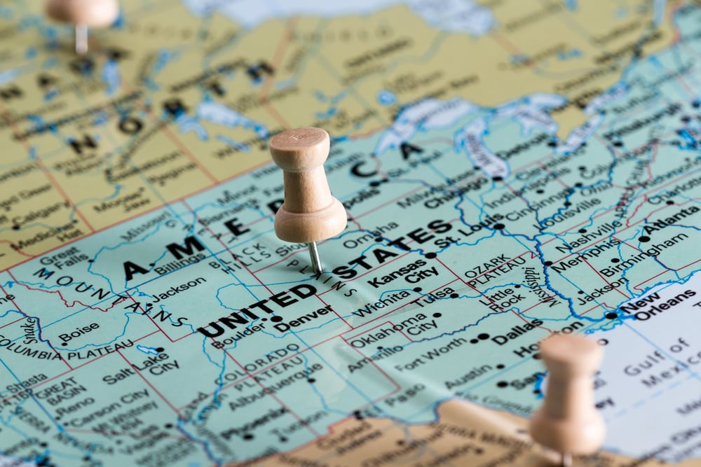 Scott's Cheap Flights: world map view with the United States in focus with a shallow depth of field